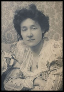 EDITH GERALDINE AILSA CRAIG 1869-1947 Copyright © V&A Images/Victoria and Albert Museum.